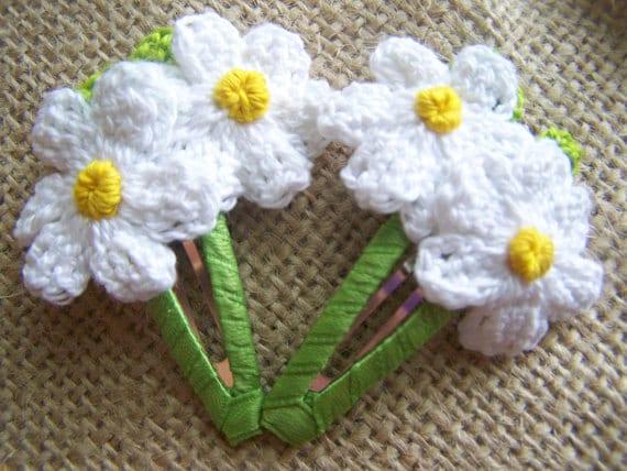 Margarita blanca tejida en crochet. Un clip o por PinkButterflyBows
