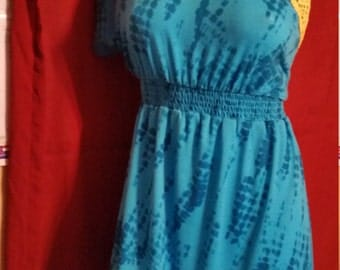 164---Upcycled dress-Size medium-Summer look-Teen-Womens fashion-Blue-Yellow lace-Bare shoulder-sporty