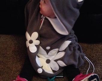 Baby & Kid Grey and White Flower Fleece Poncho