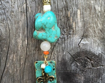 Turquoise and white leather necklace
