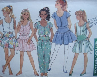 UNCUT Girls Top, Culottes, Skirt and Pants - Size 12/14 - Butterick Pattern 6361 - Vintage 1988