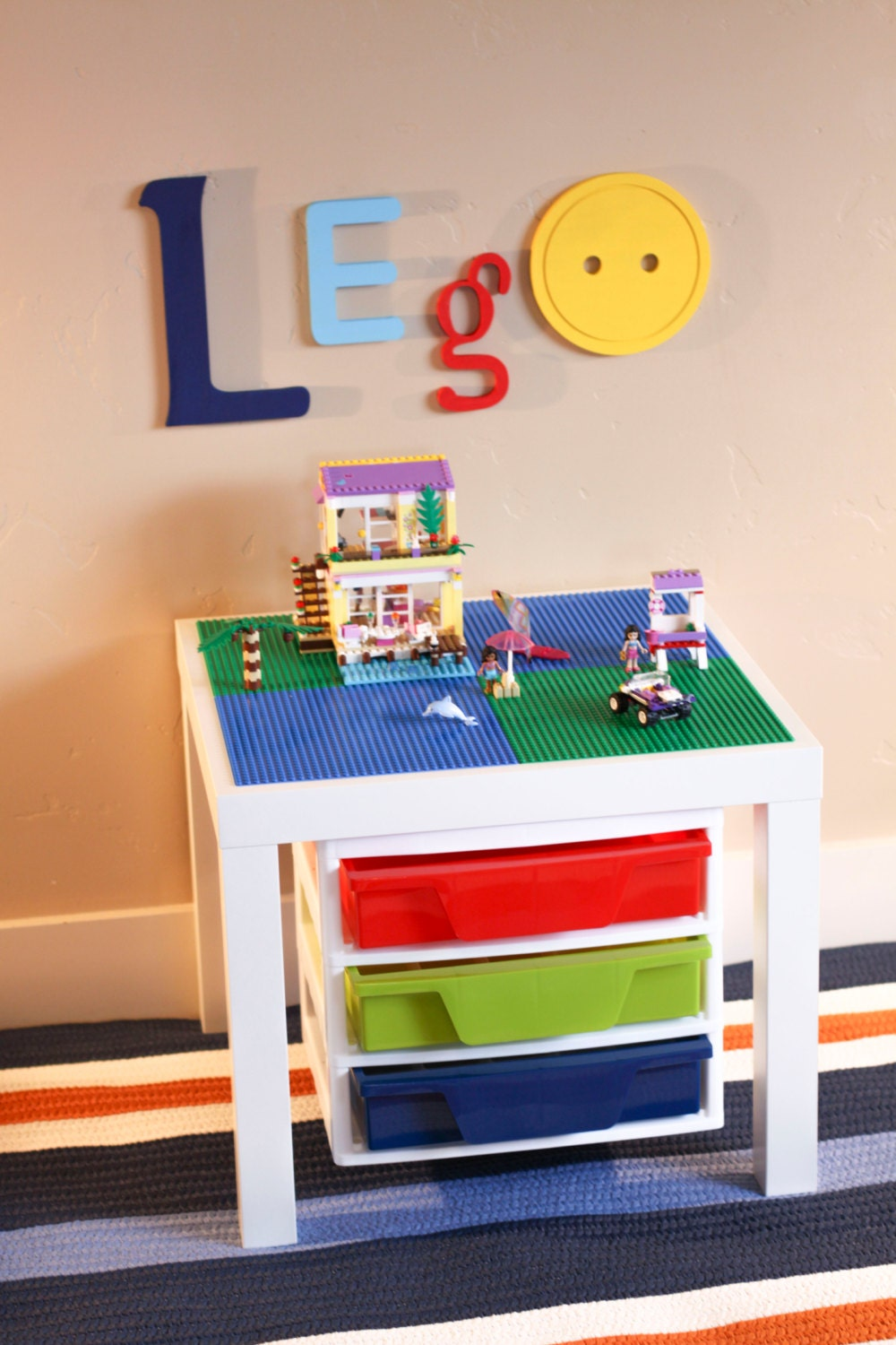White LEGO® Table w/STORAGE 20 x 20 Construction