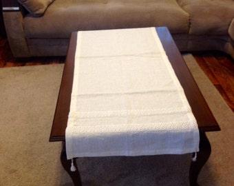 linen table runner-beige table runner-ıvory table runner-elegant runner-lacy table runner-table cloth-white runner