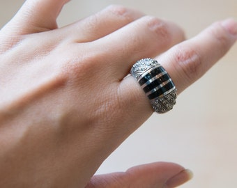 Vintage Sterling Silver Onyx Marcasite Ring