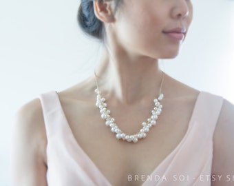 "Classy Bridal Freshwater Pearl Statement Necklace - 18.5"", 14k Gold, Clustered"
