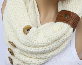 Ivory Scarf Knit Infinity Scarf, Womens Knit Winter Scarves, Womens Knit Infinity Scarf, Knit Scarves, Knit Infinity Scarves