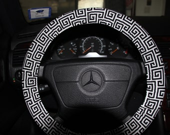 Black and White Steering Wheel cover. Womens Wheel Cover. Classic Wheel Cover. Black and white towers wheel cover .