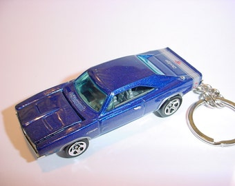 3D 1969 Dodge Charger R/T custom keychain by Brian Thornton keyring key chain finished in blue color trim diecast metal body hood opens