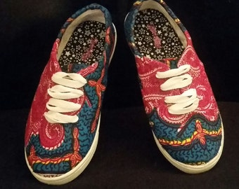 Lunique Customized afrocentric sneaker collections_v032015