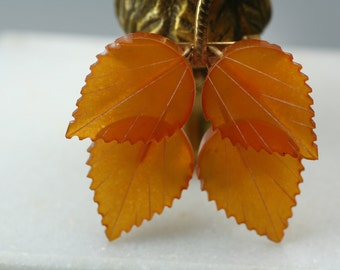 Orange Carnealian Brooch, Carved lieves Gemstone jewelry, Vintage Statement lapel pin