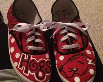Arkansas Razorback painted shoes