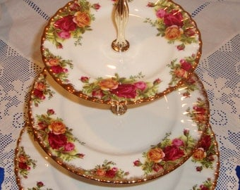 Royal Albert Old Country Roses Three Tier Cake Stand Perfect Condition,