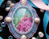 Pink & blue rococo brooch / rose brooch / brooch with pearls