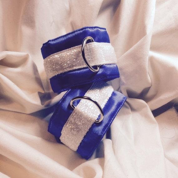 velcro Bondage cuffs with pad