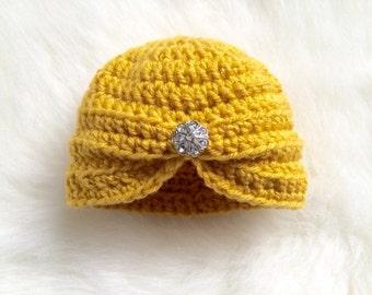 Turban hat baby girl yellow crochet jewel button