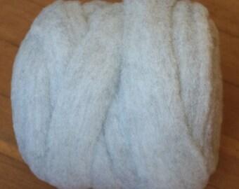 Wool Roving, Natural Roving, Jacob Roving, Yarn, 10 oz bump