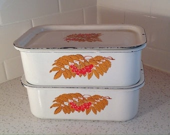 Vintage enamelware refridgerator containers