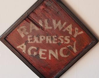 Railway Express Agency - Vintage Wooden Sign / poster Vintage wood