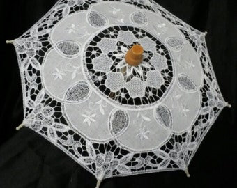 Vintage Style Mini Embroidered Lace and Wooden Parasol / Umbrella