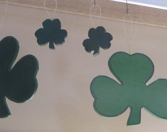 4 Hanging Wooden Clover Leafs