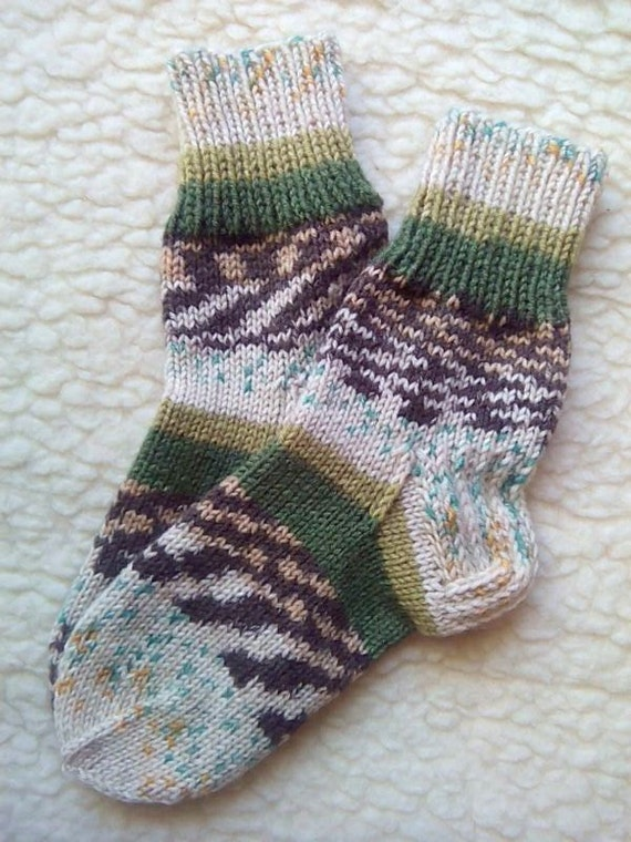 Wool socks. Hand knit thick wool socks US 6-8 by PomPomHandicrafts