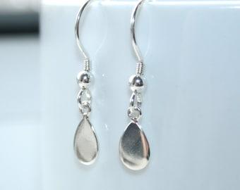 Sterling silver drop earrings. Dainty teardrop earrings