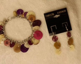 Handmade button jewlery - bracelet and earrings set- request your own colors!!!!