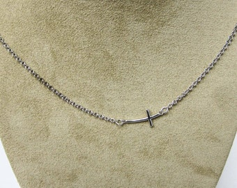 Sterling silver cross on 18 inch chain