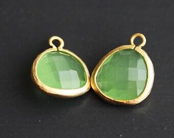 A2-000-MG-SG] Spring Green / 13 x 16mm / Matt Gold plated / Glass Pendant / 2 pieces