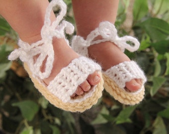 Crochet Baby Sandals, Baby Sandals, Handmade Crochet Baby Sandals with Ties, Sandals that stay on Baby's feet, Pink, White, Grey, Any colour