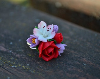 Red Rose blossom lilac ring. Flower floral ring. Red roses sakura ring. Polymer clay flowers flower ring jewelry. Bridesmaid rings gift