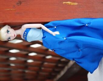 Elsa Frozen or Barbie ball gowns