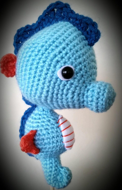 Amigurumi Seahorse Free Pattern : Crocheted Seahorse Amigurumi