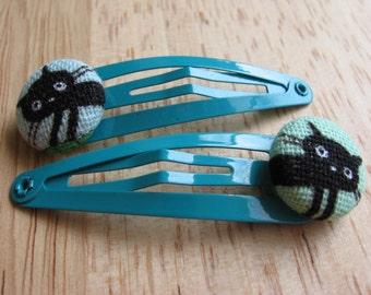 Pair of pretty kitty hair clips