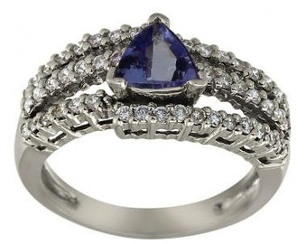 Tanzanite Trillion In Split Shank Diamond Pave Ring 14Kt