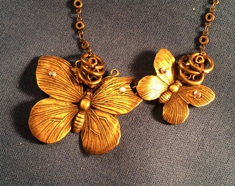 Flutter by Butterfly, Antique Bronze Butterflies Front clasp Necklace Vintage style
