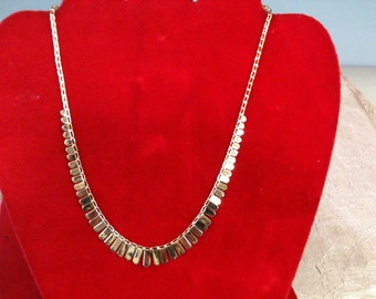 "14 k Yellow Gold Graduated Necklace, 5.90 gm, 16""Long."