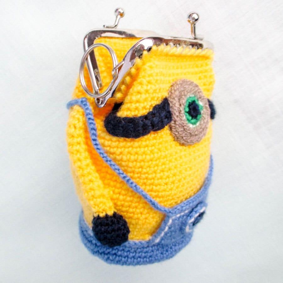 Crochet Minion Bag Pattern : Amigurumi Crochet Pattern Purse Minion Crochet Purse Pattern