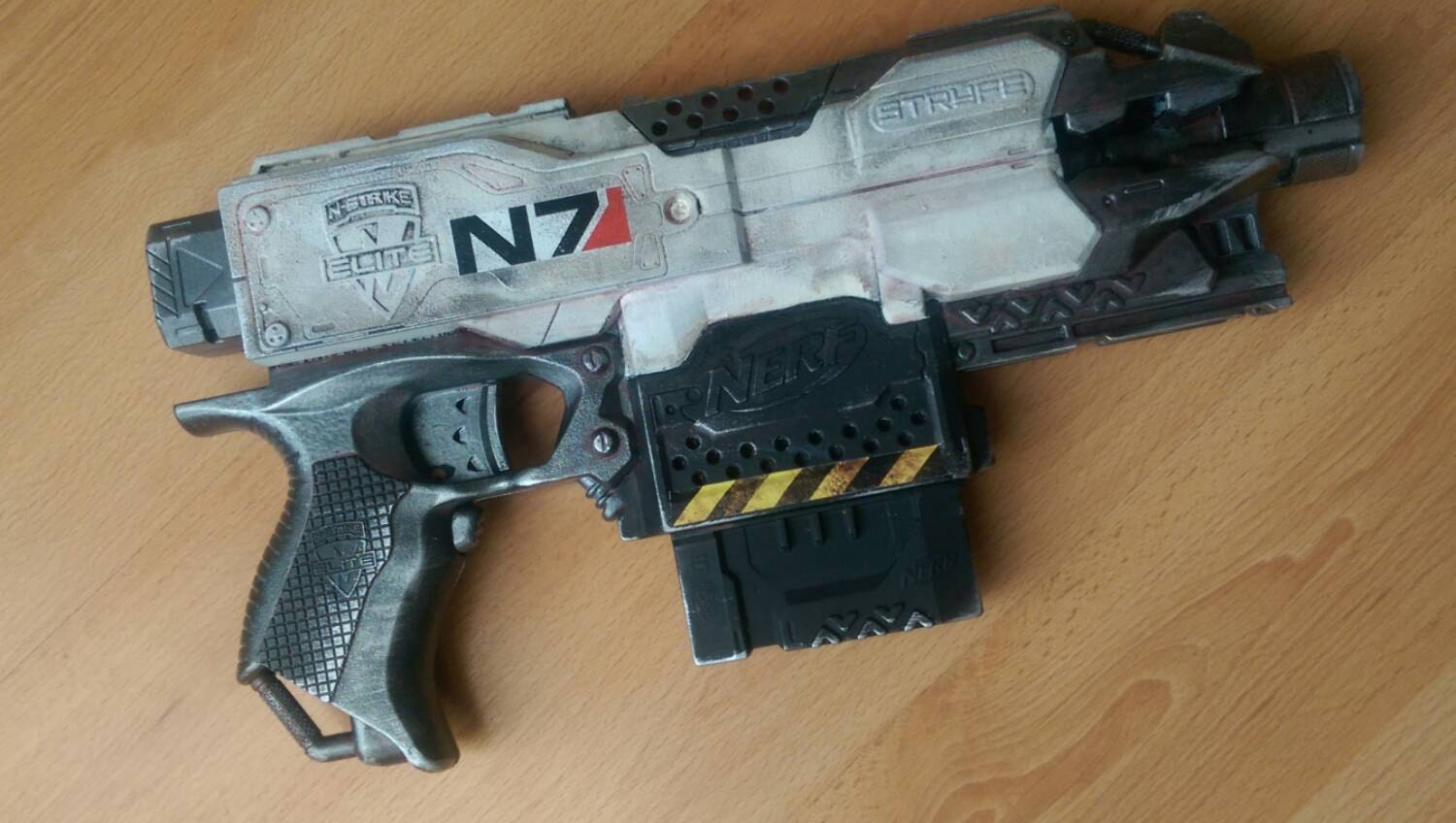 how to use a nerf stryfe