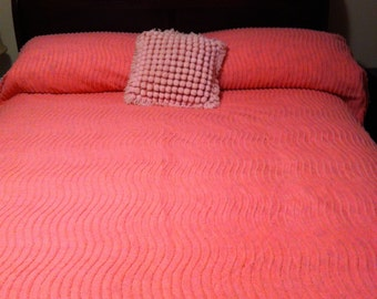 Vintage bubble gum pink line Chenille Bedspread with Fringe!