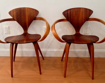 Pair of Norman Cherner Pretzel Chairs by Plycraft
