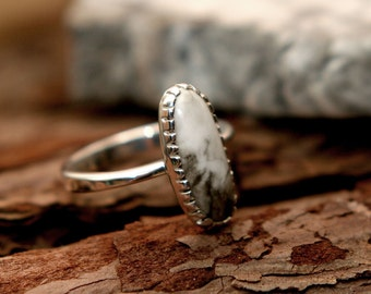 white buffalo ring, stone ring, simple ring, ellipse ring, turquoise ring, silver ring
