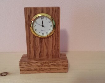 Wood mini clock