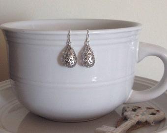 Mesh teardrop ball earrings (Silver)