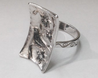 Hand Engraved 14K White Gold Nature Ring with Relief Bird and Flowers Design with Diamond.