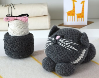 Crochet Kit - Cat,Amigurumi Kit,Crochet Kit,Crochet Pattern Included,amigurumi kits,Crochet kits,crochet gift,diy crochet kit,diy,kit,kits
