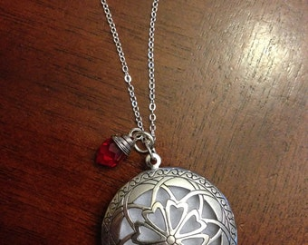 MARKED DOWN SALE Aromatherapy diffuser necklace