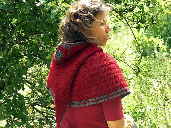 Jehanne capelet - PDF crochet pattern - Long goblin pixie hood capelet - Permission to sell