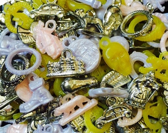 15pcs VINTAGE PLASTIC CHARMS Kitschy Goodness