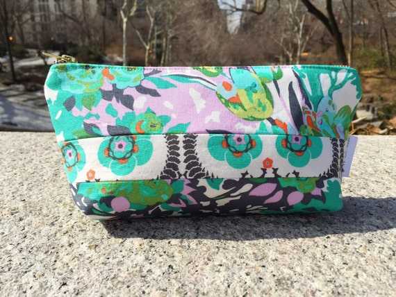 Meadow Bloom Cosmetic Bag, Makeup Travel Bag, Toiletry Bag, Zipper Pouch, Makeup Purse, Bridesmaid Gift, Gift for Her